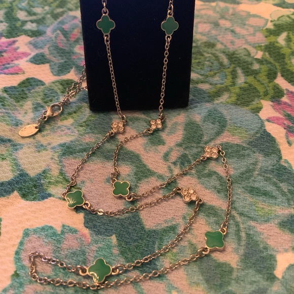 Charming Charlie Jewelry - EUC Necklace
